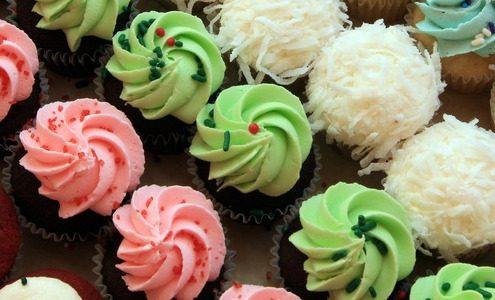 Many cupcakes